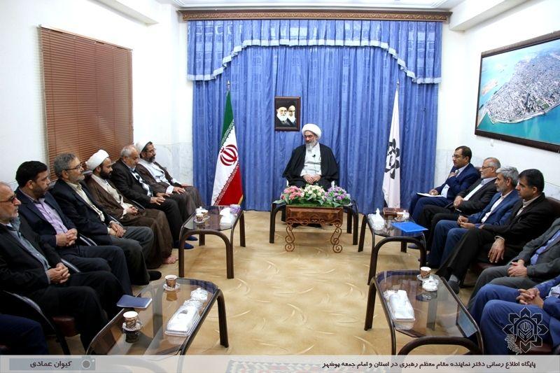 اعضای هیئت نظارت بر انتخابات استان با آیت الله صفایی بوشهری دیدار کردند گزارش تصویری